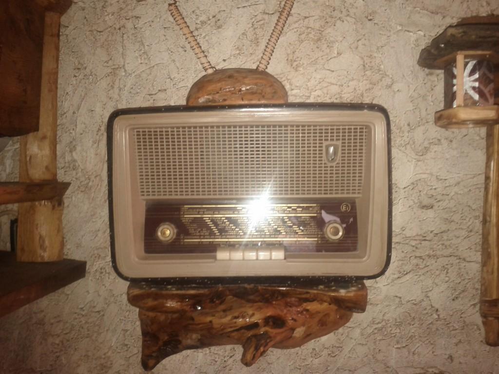 Ei Niš radio